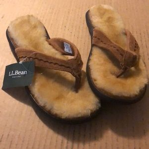 L.L. Bean Shoes - Size 10- L.L. BEAN Lamb fur sandal